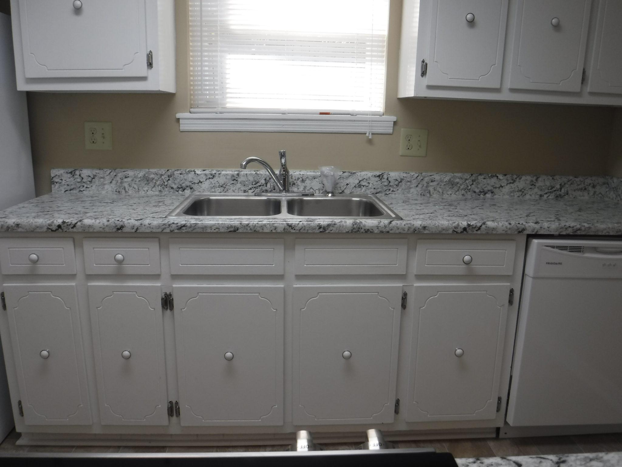 9 x 12 kitchen with new counter tops and all new appliances rh veteransrealtyaugusta com 9x12 kitchen 9x12 kitchen backsplash
