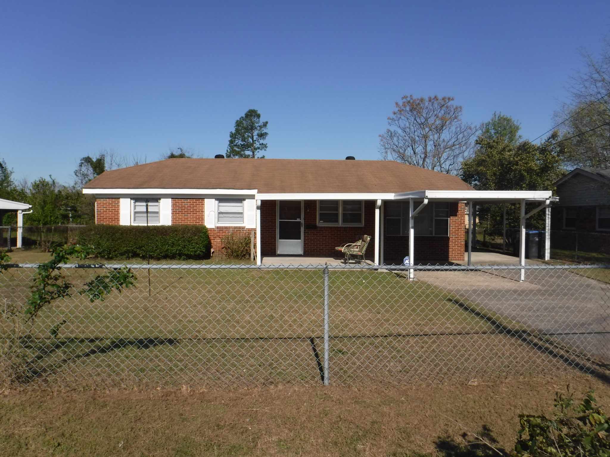 Front View Of House Showing Two Carports Veteran S Realty Of Augusta